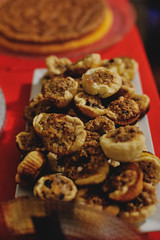 Aguiar Christmas 2017: mini maple butter tarts (Gail at Large | Image Legacy) Tags: 2017 christmas christmas2017 portugal gailatlargecom minimaplebuttertarts
