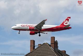 Air Berlin Airbus A320-200
