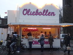Utrecht: Oliebollenkraam (harry_nl) Tags: netherlands nederland 2017 utrecht oliebollen oliebollenkraam neude newyear nieuwjaar