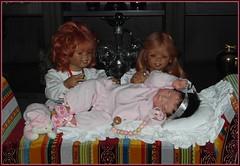Kindergartenkinder und Ariella ... (Kindergartenkinder) Tags: kindergartenkinder annette himstedt dolls sanrike tivi ariella weihnachten christkind