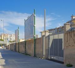 Bari, Puglia, 2017 (biotar58) Tags: bari puglia italia apulien italien apulia italy southernitaly southitaly streetphotography russar20mm56 russar