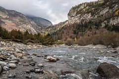 Valle de Bujaruelo, río Ara (Jose Antonio Abad) Tags: sobrarbe joséantonioabad torla paisaje aragón pública bujaruelo naturaleza río ordesa huesca españa torlaordesa es