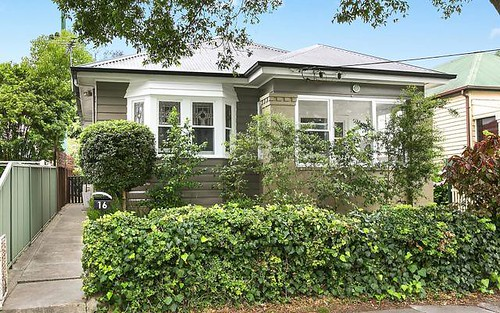 16 Carrington Street, Mayfield NSW