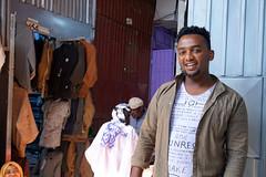 market portrait (simon-r-) Tags: ethiopia éthiopie äthiopien addis addisababa addisabeba 2017 sholamarket market markt marché bazaar man portrait people local travel life photography documentary colour scene city africa afrique afrika ostafrika eastafrica afriquedelest african smile إثيوبيا أفريقيا sony alpha ilce 5000
