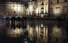 Raining (only lines) Tags: raining london wet trafalgarsquare reflection