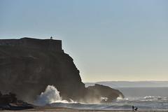 Forte de São Miguel Arcanjo. (Nina Scotta) Tags: light acantilados rocas playa sunset atardecer nazaré sãomiguelarcanjo fuerte