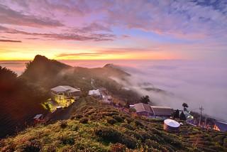 Sea of clouds at Mountain Dalun ,大崙山雲海夕陽