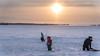 Skiing on SJAM : January 1, 2018 (jpeltzer) Tags: ottawa xcskiing sirjohnamacdonaldwintertrail sjamwintertrail snow ottawariver sunset