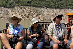 Brenda, Gail and Mark (oxfordblues84) Tags: peoplesrepublicofchina china oat overseasadventuretravel victoriacruises victoriajenna victoriajennacruise yangtzerivercruise yangtzeriver rivercruise riverboatcruise goddessstream wushangodesssceniczone threegorges tourist traveler man guy tourists travelers brenda mark woman women sunglasses hat hats people trees boat gorge
