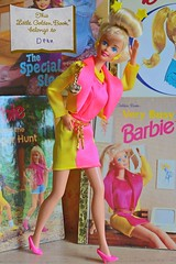 """90s Fun #5 """"Memories"""" (DeanReen) Tags: vintage superstar barbie fashion doll earring magic wedding day trunk accessories pink yellow suit jewellery jewelry pendant charm 1990s 90s 1991 91 1992 92 1995 95 strollin fun golden book very busy"""