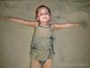 Catharina (Stefan Lambauer) Tags: catharina praia beach sand baby criança kid infant menina stefanlambauer areia filha santos sãopaulo brasil brazil 2018 br