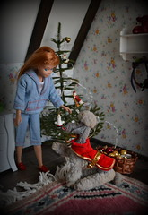 Merry Christmas ! (pe.kalina) Tags: merry christmas skipper vintage doll dollhouse barbie poodle dog n duds