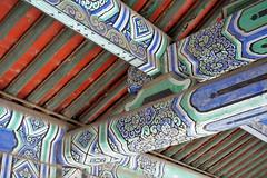 Ceiling Beams (█ Slices of Light █▀ ▀ ▀) Tags: long corridor 長廊 temple altar heaven tiantan 天壇 北京天坛 beijing 北京 china 中国 sony nex 6 beams colors 72 rooms connected 中國