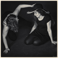 2017-12-21 Contact Improvisation, SPb 271 (Mandir Prem) Tags: nationagormel performance art artist artistic blackandwhite bw curve dance expression feelings group love painting photosession portrait sensual sexy shadows story theatre vintage women