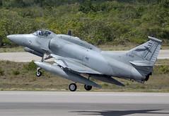 A-4 C906 D39 CLOFTING CRW_4928 FL (Chris Lofting) Tags: a4 a4ar c906 faa natal cruzex argentineairforce skyhawk