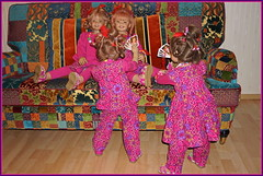 Kindergartenkinder ... (Kindergartenkinder) Tags: kindergartenkinder annette himstedt dolls annemoni milina sanrike tivi
