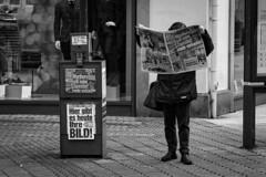 No Cigarettes anymore (Nikonphotography D750) Tags: schwarzweiss blackandwhite blackandwhiteportrait nürnberg streetphotography sonyphotography sonyalpha e1670mmf4zaoss bw sony downtown break resting sonyalpha6500 sonyilce6500 newspaper bildzeitung
