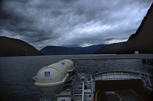 "Norwegen 1998 (193) Aurlandsfjord • <a style=""font-size:0.8em;"" href=""http://www.flickr.com/photos/69570948@N04/24526691797/"" target=""_blank"">View on Flickr</a>"