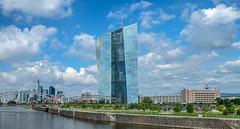 Mainkai mit EZB (JohannFFM) Tags: mainkai frankfurt ezb skyline