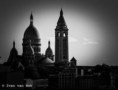Where the Parisians live... (Ivan van Nek) Tags: boulevardpériphérique portedelachapelle paris france nikond3200 d3200 nikon zwartwit blackandwhite bw nb noiretblanc schwarzweis tamron70300mm derailinator îledefrance architecture architektur architectuur sacrécœur parijs