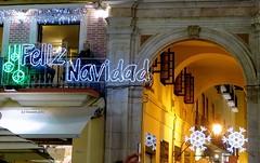 Feliz Navidad desde el Café Central y Pasaje de Chinitas-Málaga. (lameato feliz) Tags: navidad málaga nocturna