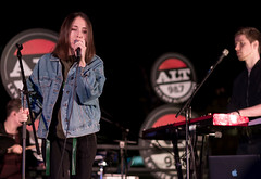 Alice Merton 12/13/2017 #15 (jus10h) Tags: alicemerton alice merton alt 987 penthouse altana apartment homes glendale losangeles california female singer songwriter european young beautiful sexy talented artist band musician live music concert gig event private show performance venue rooftop pool photography nikon d610 2017 justinhiguchi photographer