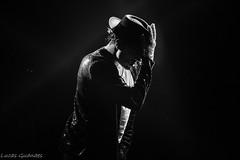 Michael (guanaeslucas) Tags: michael jackson musica music preto branco black white show monocromatico pb bp bw wb underlight brasil brazil canon dslr t6i 750d