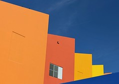 . (SA_Steve) Tags: abstract architecture miamichildrensmuseum colorful wall sky building geometric miami florida window contempoary birds vivid minimal minimalist minimalistic lessismore