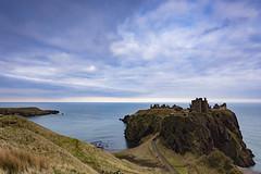 Dunnottar castle (Lukasz Lukomski) Tags: scotland szkocja uk unitedkingdom greatbritain wielkabrytania europe europa castle zamek dunnottar nikond7200 landscape krajobraz northsea morzepółnocne morze sea water coast wybrzeże rocks skały building budynek architecture lukaszlukomski