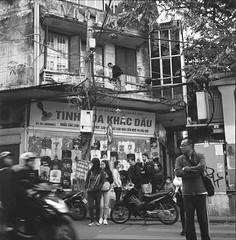 img517_resize (Phan Hữu Lập Photography !♥!) Tags: rolleiflexautomatk4a berggerpancro400 devtạminhquang locationhanoivietnam