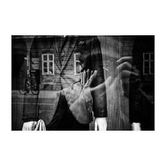 zagreb (s_inagaki) Tags: industar69 自転車 monochrome oldlens bicycle ザグレブ bnw russianlens street モノクロ グローブ window 白黒 vintagelens 通り bw gloves blackandwhite スナップ reflection 窓 snap zagreb