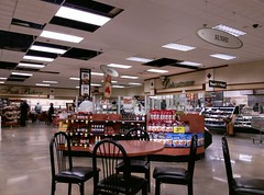 Script décor - get it while you still can... (l_dawg2000) Tags: 2018remodel cordova delicatesen grocery grocerystore healthbeauty kroger labelscar marketplace meats memphis pharmacy produce remodel retail scriptdécor shelbycounty supermarket tennessee tn trinitycommons cordovamemphis unitedstates usa