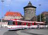 Der Lange und der Dicke (trainspotter64) Tags: strasenbahn streetcar tramway tram tranvia nürnberg vag düwag stadtmauer turm hauptbahnhof n8snf man