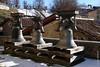 Anciennes cloches sur le parvis de l'église de Mugena (Tessin) (24/12/2017 -14) (Cary Greisch) Tags: che carygreisch glocken malcantone mugena switzerland ticino cloches
