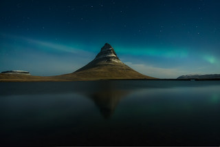 Kirkjufell at night
