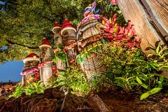 Tokyo Disneyland 2017 26 - Mele Kalikimaka from the Tiki Gods & Stitch (JUNEAU BISCUITS) Tags: tokyodisneyland japan christmas christmastree nikond810 nikon themepark disney disneyresort disneyparks waltdisney adventureland stitch tikigod