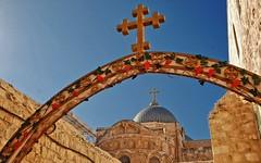 ******Jerusalem - Dezember 2011 ******            I wish all friends here Merry Christmas ! (kh goldphoto) Tags: jerusalem 2011 kreuz historischealtstadt historicarea historischeausgrabungen grabeskirche kirche