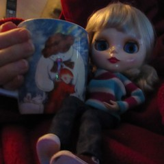 BaD 13 December 2017: Cocoa (jefalump) Tags: blythe clone cup cocoa slanket portrait