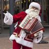 Hohoho - Naaldwijk (mariandeneijs) Tags: wilhelminaplein naaldwijk westland hetwestland kerstman kerst christmas santaclaus