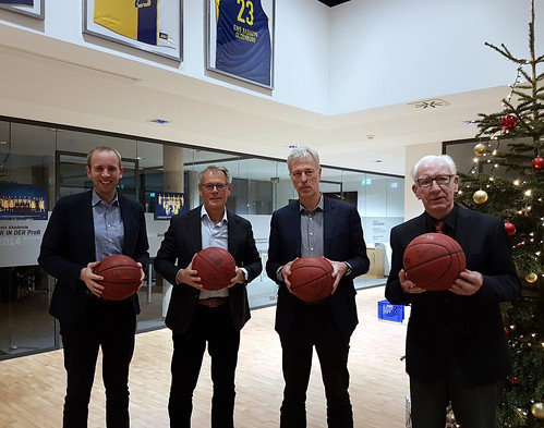 Besuch des EWE Baskets Club Center in Oldenburg gemeinsam mit dem SPD-Ortsverein Eversten.