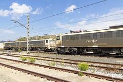 289-103 i 102 (Escursso) Tags: 289 289102 289103 caf catalunya mitsubishi moralanova renfe samperdecalanda tandem tarragona carbonero ferrocarril rail railway tren