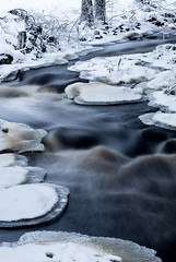 River flow (Kinseri) Tags: river winter smooth nature finland water ice canon 6d 85mm flow rocks white snow
