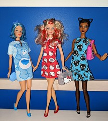 So two cats and a grumpy bear walk into a bar.... (Pablo Pacheco 85) Tags: chococat hellokitty barbie mattel sanrio carebears grumpybear barbiedoll 1moderncircle melody