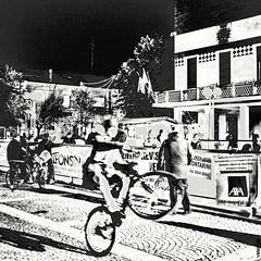 #BIKE2IMPENNATA #Alfonsine DSCF7172 bn Viabici_resizeA (Viabici(c) di StefanoM) Tags: viabici bike2 bicicletta bici bike bicycle cykel fahrrad street city mono noiretblanc bw streetphotography chiaroscuro blackandwhite italia alfonsine