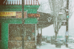 Helen's Grill (annapolis_rose) Tags: vancouver snow snowcoveredground snowing snowy helensgrill mainstreet kingedwardavenue