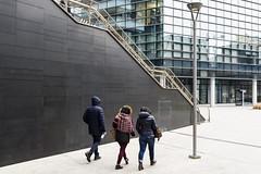 _DSC0154 (m.krema) Tags: milano lombardia italia it portanuova architettura colore persone nuovo