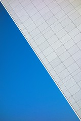 Arche de La Défense (Julien Coty) Tags: lagrandearche ladéfense paris minimalisme abstract abstraction abstrait minimal sony rx100 bleu blue diagonale
