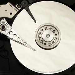 HDD Platter (Chaos2k) Tags: hdd drive 52weeks 52weeksin2018 strobist brianboudreau canon5dmarkii canon7020028isii alienbeesb800 ab800 westcott apollo week72018 weekstartingmondayfebruary122018