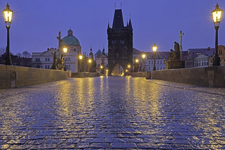 Mattina di pioggia / Rainy morning (Charles Bridge, Prague, Czech Republic)