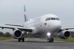 Airbus A319 Eurowings (TrickyMartin2006) Tags: airport flugzeug weeze nrn jet